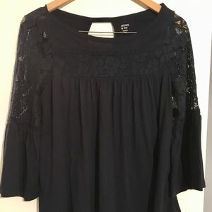 Crown & Ivy Navy Peasant Top Bell Sleeve Lace XS